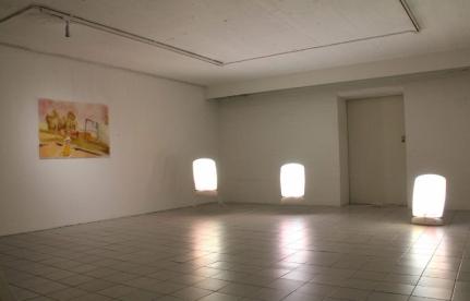 Yöperhosia installaatio, Auran galleria 2016